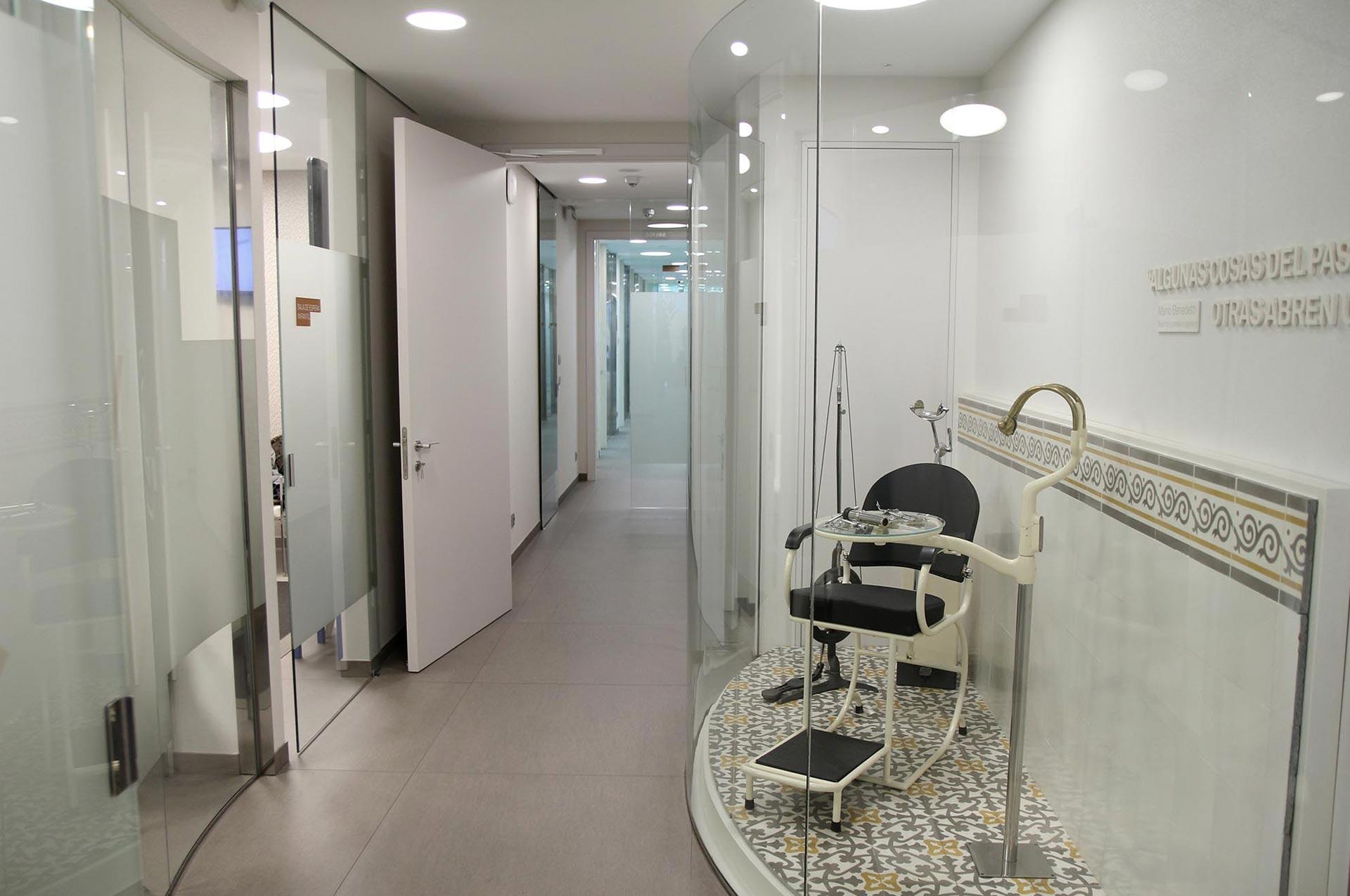acceso a gabinetes Clinica Blanco Ramos