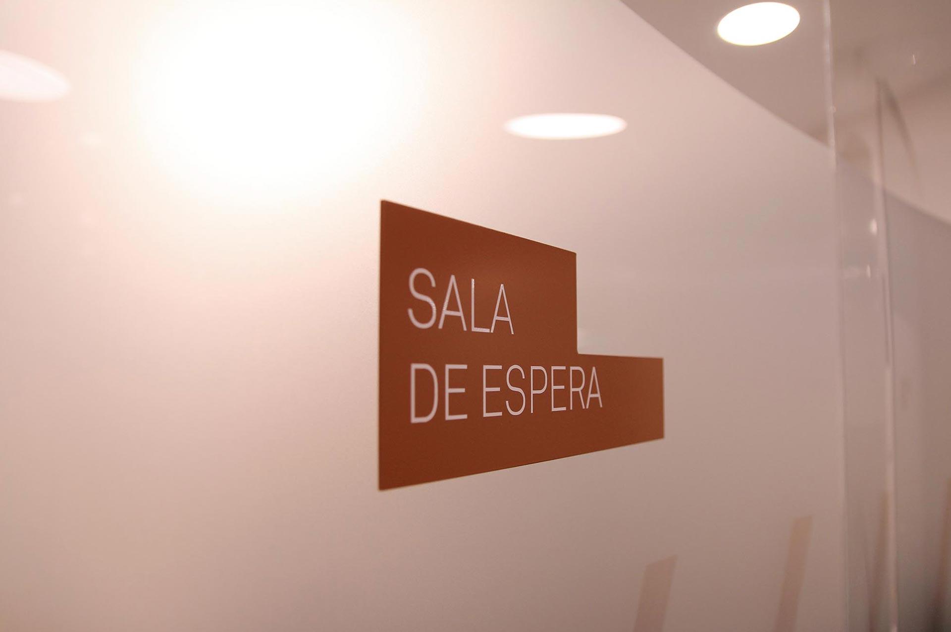 sala de espera clínica Blanco Ramos